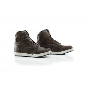 RST IOM TT Crosby Suede WP CE schoenen bruin